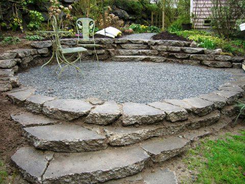 L'entretien d'une terrasse en pierre