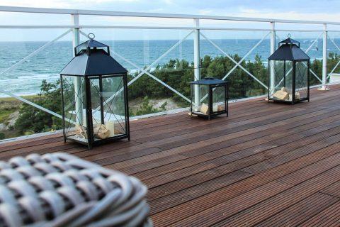 Peut-on construire sa terrasse sur un terrain en pente ?
