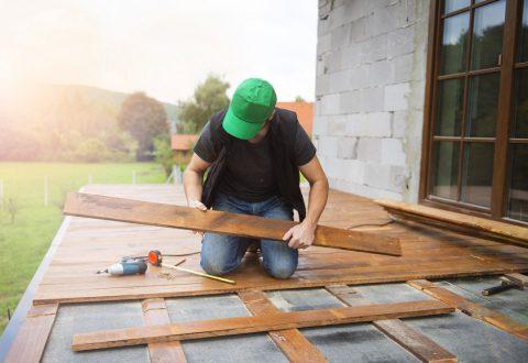 Les avantages de faire appel à un professionnel pour son revêtement de terrasse