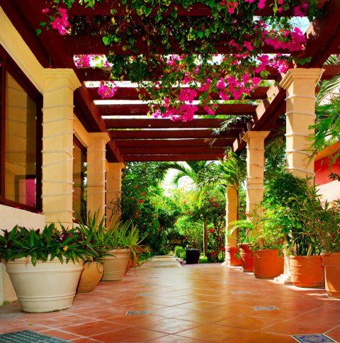 Peut-on faire appel à un paysagiste pour sa terrasse ?
