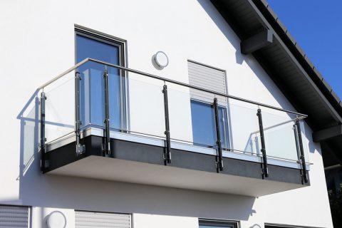 Les différents matériaux des rambardes de terrasse