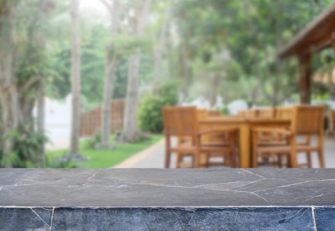 Rénover la pierre de sa terrasse